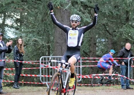 Encore un grand numéro de Julien Maitre en ce dimanche 11 novembre au cyclo-cross FSGT de Parilly où il s'impose magistralement. De bon augure à une semaine des championnats départementaux. […]