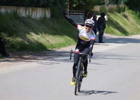 Julien Maitre signe sa 4ème victoire de la saison à Neuville les Dames et Virginie Dubus remporte de très belle manière le titre de championne départementale FSGT à Tramoyes. 27/04, […]